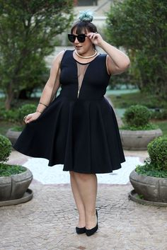 vestido-de-festa-plus-size-curto-com-saia-godê-ju-romano-2