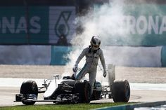 Lewis Hamilton's F1 engine failure in Malaysia cost him title - Wolff