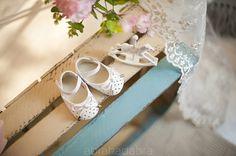 Buciki białe ażurowe 9505