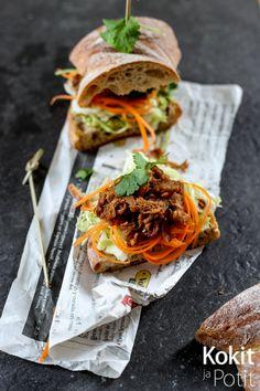 Kokit ja Potit -ruokablogi: Nyhtöpossuburgeri vegenä