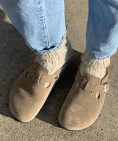Clogs Outfit, Unisex Fashion, Womens Fashion, Comfy Socks, Clarks, Birkenstock, Roots, Style Me, Neutral