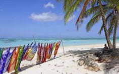 Tobago. Täällä elämä otetaan rennoin rantein ja annetaan ihanan merituulen viedä arkihuolet mennessään. www.apollomatkat.fi #Tobago #Karibia