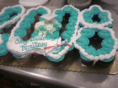 graduation cupcakes | Graduation — Cupcakes!