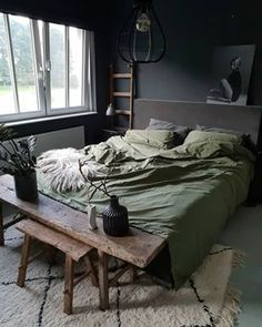 Masculine Men Bedroom Design Ideas is part of Men's bedroom design - Gentlemen, when you decide to decorate your bedroom surely you want to have a stylish and functional design that also […]