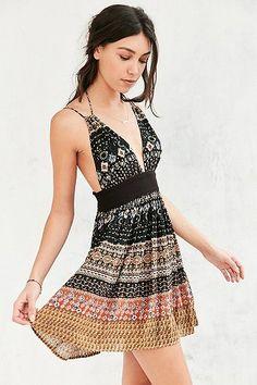 Kimchi Blue Black Paisley Halter Neck Dress