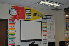 Example Focus Wall for Computer Lab cc Elementary Computer Lab, Computer Lab Lessons, Computer Class, Computer Science, Teaching Computers, Teaching Technology, Educational Technology, Computer Lab Organization, Computer Lab Decor