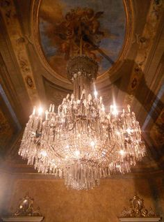 a gorgeous chandelier gets me everytime