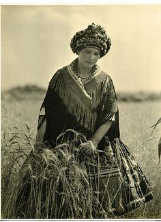 girl from Mezőkövesd, 1928 Mezőkövesd is a town in Borsod-Abaúj-Zemplén county, Northern Hungary. It lies 50 km mi) from Miskolc and 15 km mi) from Eger