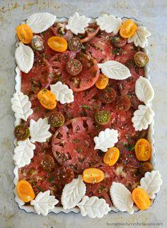 Heirloom Tomato Tart, Tomato Pie, Heirloom Tomatoes, Tart Pan, Caramel Apples, Pot Roast, Baking, Leaves, Ethnic Recipes