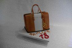 Hier mal etwas leckeres zum großen Geburtstag. Weiteres gerne hier www.feine-tortenschmiede.de