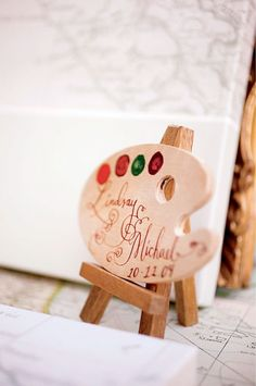 artist palette sign
