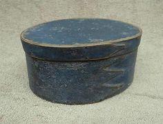 OLD ANTIQUE BLUE COLOR PAINTED OVAL SHAKER PANTRY MEASURE BOX WITH COVER