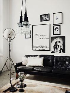 Ambiente e quadros preto e branco
