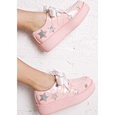 T.U.K. X Dolls Kill Starla Platform Creepers (5.615 RUB) ❤ liked on Polyvore featuring shoes, creeper shoes, patent leather lace up shoes, patent leather platform shoes, cut out shoes and star shoes