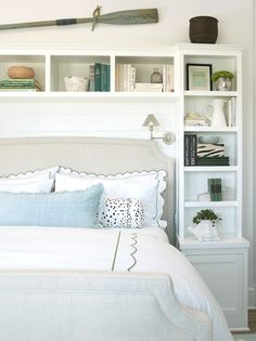Bedroom Built-in Ideas. Bedroom Built-in Bookshelf Design. #Bedroom #Bookshelf #Bookcase