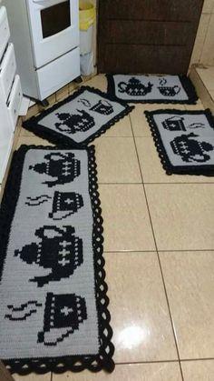 Crochet Kitchen Rug: Sets of Rugs and Walkthroughs Crochet Kitchen Rug: Sets of Rugs and Walkthroughs Crochet Kitchen, Kitchen Rug, Crochet Home, Crochet Rug Patterns, Crochet Doilies, Crochet Carpet, Knit Pillow, Crochet Slippers, Filet Crochet