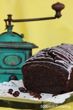 Chocolate loaf Catering, Chocolate, Cake, Desserts, Food, Tailgate Desserts, Deserts, Catering Business, Gastronomia