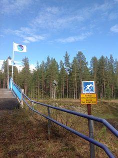 Waiting for snow.  Ihan kuin jotain puuttuisi...  Levi, Laplan, Finland
