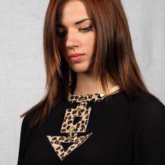 Κολιέ βέλος leopard Brooch, Jewelry, Fashion, Veils, Moda, Jewlery, Jewerly, Fashion Styles, Brooches