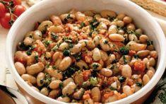 Φασόλια χάντρες με λαχανικά και μυρωδικά Cookbook Recipes, Cooking Recipes, Healthy Recipes, Healthy Food, Legumes Recipe, Black Eyed Peas, Greek Recipes, Gravy, Salads