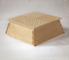 Handmade Fine Wood Furniture By English Craftsman, Thomas Eddolls, Made  Bespoke In Oxfordshire UK.
