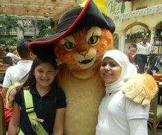 Having fun with Puss in Boots this summer at #Summer Fun with #Shrek & Friends at Gaylord Palms