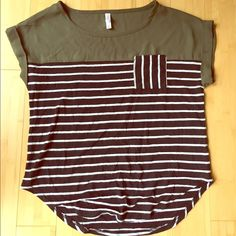 Casual striped top Very flattering! Short sleeves and comfortable! Xhilaration Tops Tees - Short Sleeve