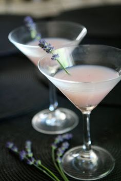 Bake - a - holic: Lavender Martinis!