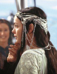 Love the headdresses the elves wear