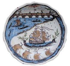 """Saladier patronymique dit """"au pont de Loire"""" (titre factice) ; saladier Janne Garri"""" (titre usuel) Châteauneuf-sur-Loire Musée de la marine de Loire"""