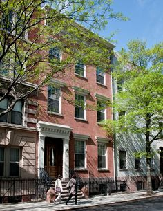 Chelsea Lodge, New York City - When I go to New York, this is my favorite place to stay.  Very affordable, very comfortable, nice neighborhood.  It's European style, so you do carry your luggage up the stairs to your floor and you do share bathrooms (toilet) with a few other people on your floor, but they had showers and sinks in the rooms, so it was never a problem if you plan ahead.  I would definitely go back!