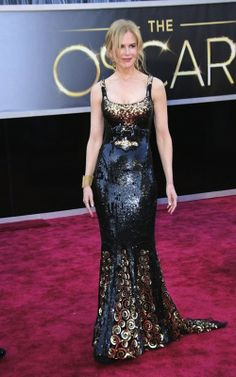 Oscars (2013): Black and gold gown by L'Wren Scott