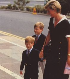 September, 1990: Princess Diana with Prince William & Prince Harry arriving at the Nottingham Medical Centre to visit Prince Charles after his operation.