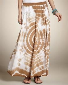 I NEED this skirt! Gorgeous!