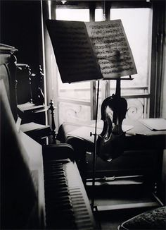 Willy Ronis, Mon Violin, 1936 (This photo reminds me of my grandparents music room and my grandfather's violin.)