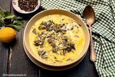 RETETE DIN BUCATARIA GRECEASCA | Diva in bucatarie Greek Recipes, Healthy Recipes, Healthy Food, Cheeseburger Chowder, Soup, Eat, Lunches, Cooking, Fine Dining