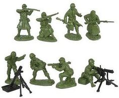 WWII US Army Infantry Fire Support Plastic Green Army Men: 16 piece set of Figures - scale Us Army Infantry, Green Army Men, Plastic Toy Soldiers, Male Figure, Cool Cartoons, Troops, Childhood Memories, Wwii, Sculpting