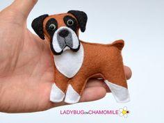 Felt BOXER DOG, stuffed felt Boxer magnet or ornament, Dog toy, felt Boxer Felt Dogs, Boxer Puppies, Felt Fabric, Felt Christmas, Felt Ornaments, Felt Animals, Easy Animals, Art Design, Dog Supplies