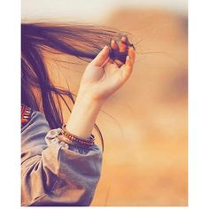 Muslim Girls Photos, Stylish Girls Photos, Stylish Girl Pic, Teen Girl Photography, Portrait Photography Poses, Girl Photography Poses, Cute Girl Poses, Cute Girl Photo, Girl Photo Poses