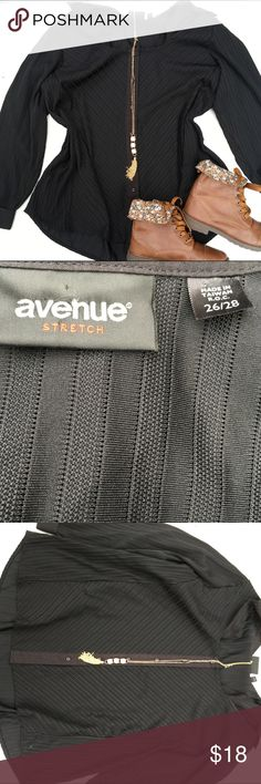 Avenue plus size top size 26/28 Used in great condition bundle to save Avenue Tops Blouses