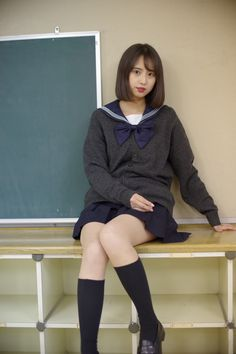 Japanese School Uniform Girl, Girl Bathrooms, India Beauty, Cute Girls, Poses, Fashion Outfits, Legs, Clothes, Beautiful