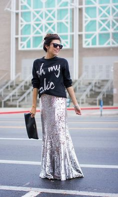 Oh My Chic Sweatshirt (on sale) / Lulu's Sequin Skirt Looks Street Style, Casual Street Style, Casual Chic, Sequin Skirt Outfit, Skirt Outfits, Sequin Maxi, Modest Fashion, Fashion Outfits, Womens Fashion