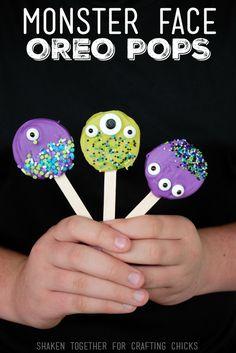 Monster Face Oreo Pops for #Halloween #candy via @CraftingChicks http://thecraftingchicks.com/monster-face-oreo-pops/