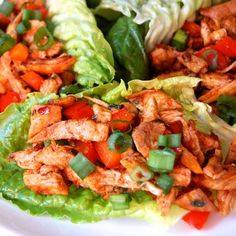Low Carb Chipotle Chicken Lettuce Wraps- this is such an awesome & super healthy lunch to make. It's spicy, delicious, and you can make it ahead of time. Oh, and gf and Paleo Clean Eating Recipes, Healthy Eating, Clean Foods, Healthy Lunches, Healthy Foods, Paleo Recipes, Cooking Recipes, Paleo Meals, Lunch Recipes