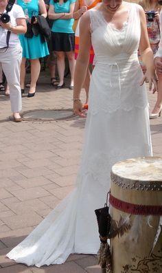 ♥ Designer Brautkleid Empire von Lilurose 2014 ♥  Ansehen: https://www.brautboerse.de/brautkleid-verkaufen/designer-brautkleid-empire-von-lilurose-2014/   #Brautkleider #Hochzeit #Wedding