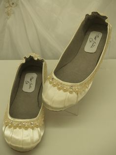 Ivory Wedding Flats Fancy Shoes by NewBrideCo on Etsy,