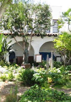 ciao! newport beach: mission san diego de alcala ~ gardens Alta California, California Missions, Newport Beach, San Diego Mission, Mission Beach, La Jolla, Garden Styles, Trail, Outdoor Structures