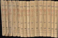 """A-la-recherche-du-temps-perdu-proust-15-tomes.jpg    """"Ce n'est qu'à la fin du livre, et une fois les leçons de la vie comprises, que ma pensée se dévoilera. Celle que j'exprime à la fin du premier volume... est le contraire de ma conclusion. Elle est une étape, d'apparence subjective et dilettante, vers la plus objective et croyante des conclusions.""""     Correspondance de Marcel Proust. Jacques Rivière, p.3 (février 1914)  Cité par Jean-Yves Tadié, Proust et le roman  Tel Gallimard, page 407"""