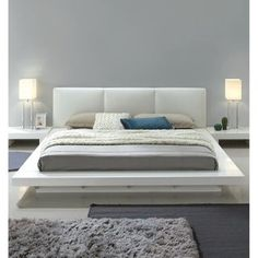 Take your bedroom to the next level with this modern bedroom set. The high gloss white finish brightens any setting while enhancing the bed White Platform Bed, Platform Bedroom, Queen Platform Bed, Upholstered Platform Bed, Upholstered Beds, California King Platform Bed, California King Bedding, Plataform Bed, Camas King