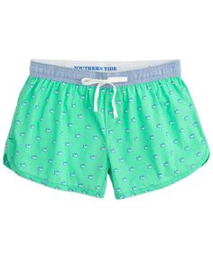 Super cute and incredibly comfortable, these Southern Tide lounge shorts are made for relaxation!